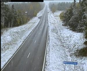 Luminen maisema 21.9. Muonion Äkäsjärvellä. (Kuva: Liikennevirasto)