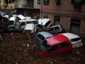 Kuva on Genovasta mutta vuoden 2010 lokakuun tulvan tekosista. Kuva: Alessio Sbarbaro / Googlen tarkennetttu kuvahaku.