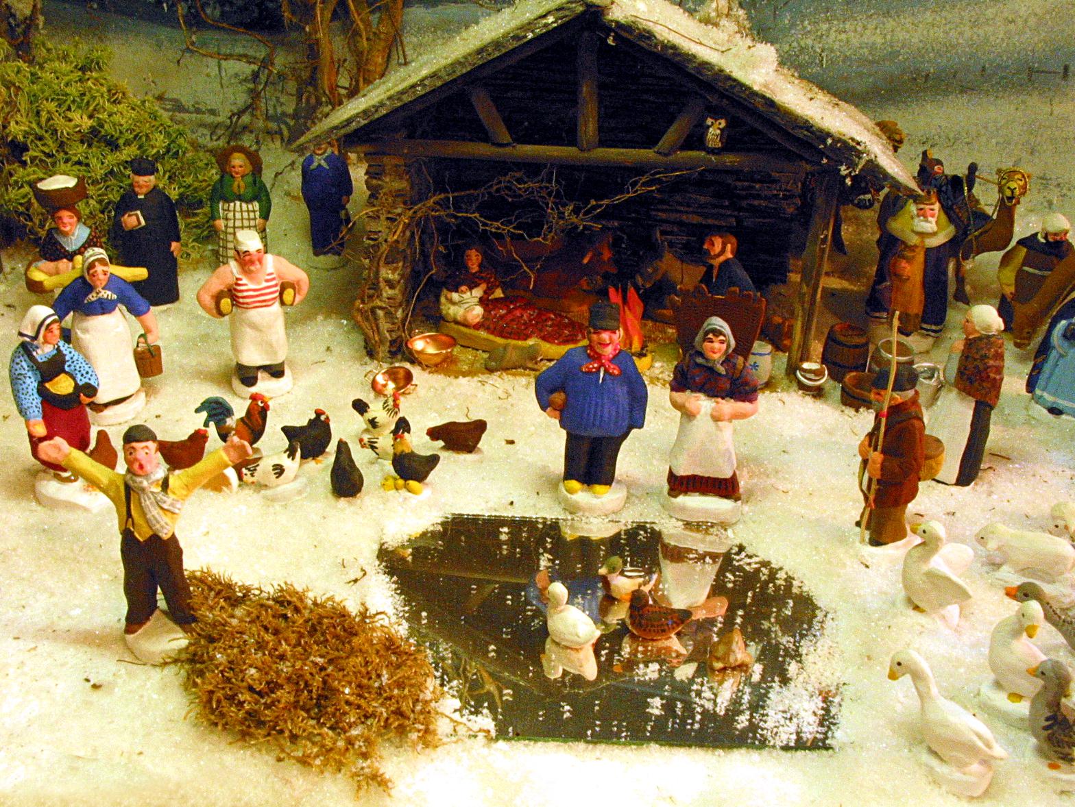 Joulun s valkenee tietoa tiskin alta s n takaa for Creche salon de provence