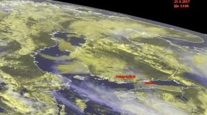 Kuva 5: EUMETSAT:in satelliittikuvasta nähdään hyvin Suomenlahden sumulautta. Sisämaassa kehittyi kumpupilvisyyttä (kuva: EUMETSAT)