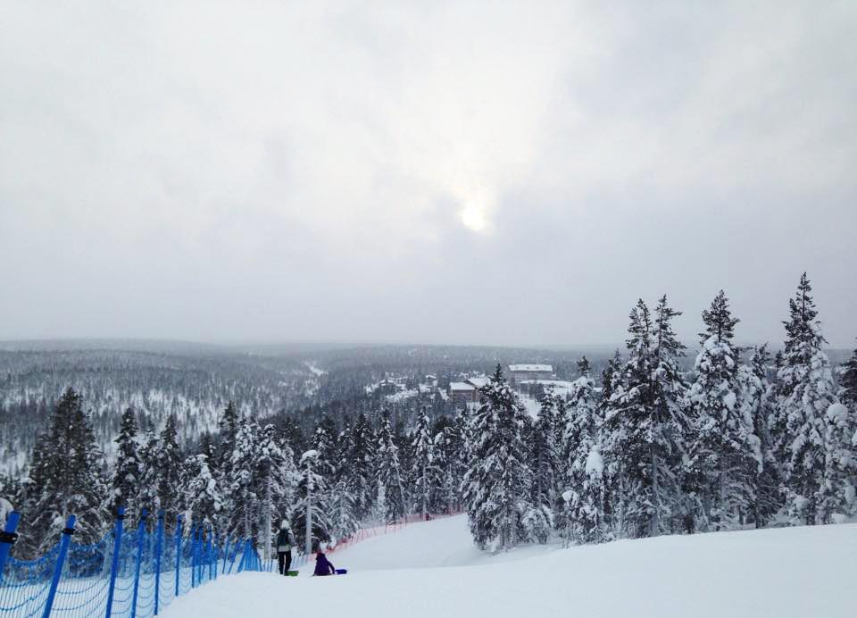 Saariselän Kaunispää-tunturilta avautuvat hienot näköalat (kuva: Joanna Rinne)