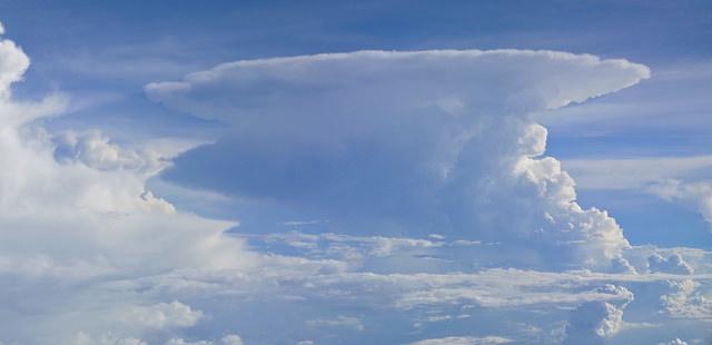 Cumulonimbus-kuuropilvi (Kuva: Bernard Dupont / Flickr)