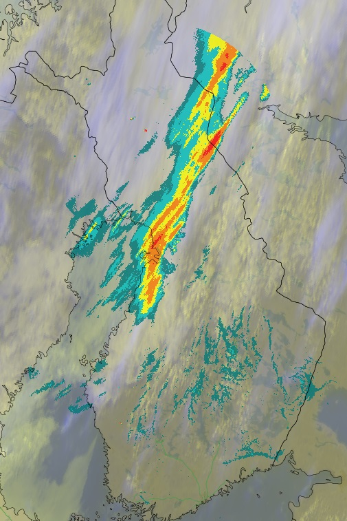 Pilvet ja sateet iltapäivällä 24.5.2016 (Kuva: Foreca)