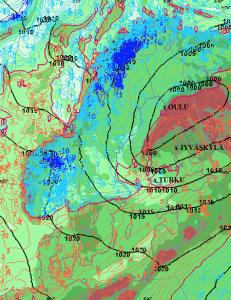 Kuvassa näkyvät mm. ilmanpaineen samanarvonkäyrät ja ennustetut kastepistelämpötilat. Osaisitko tämän perusteella päätellä, missä olomuodossa mahdollinen sade tulee alas a) Turussa b) Jyväskylässä c) Oulussa ?